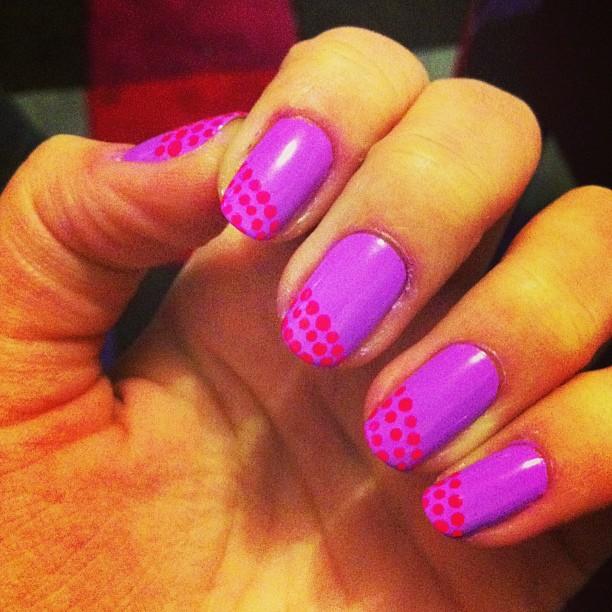 Neon violet et dots